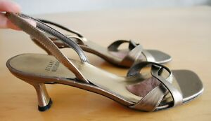 Details Zu Stuart Weitzman Runway Sandalen 39 Gold Metallic Hochzeit Braut Royal Slingback
