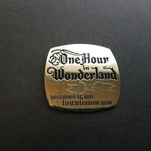 Countdown-to-the-Millennium-Series-8-One-Hour-in-Wonderland-Disney-Pin-376