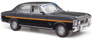 Ford-XY-Fairmont-Grand-Sport-Onyx-Black-1-18-Classic-Carlectables