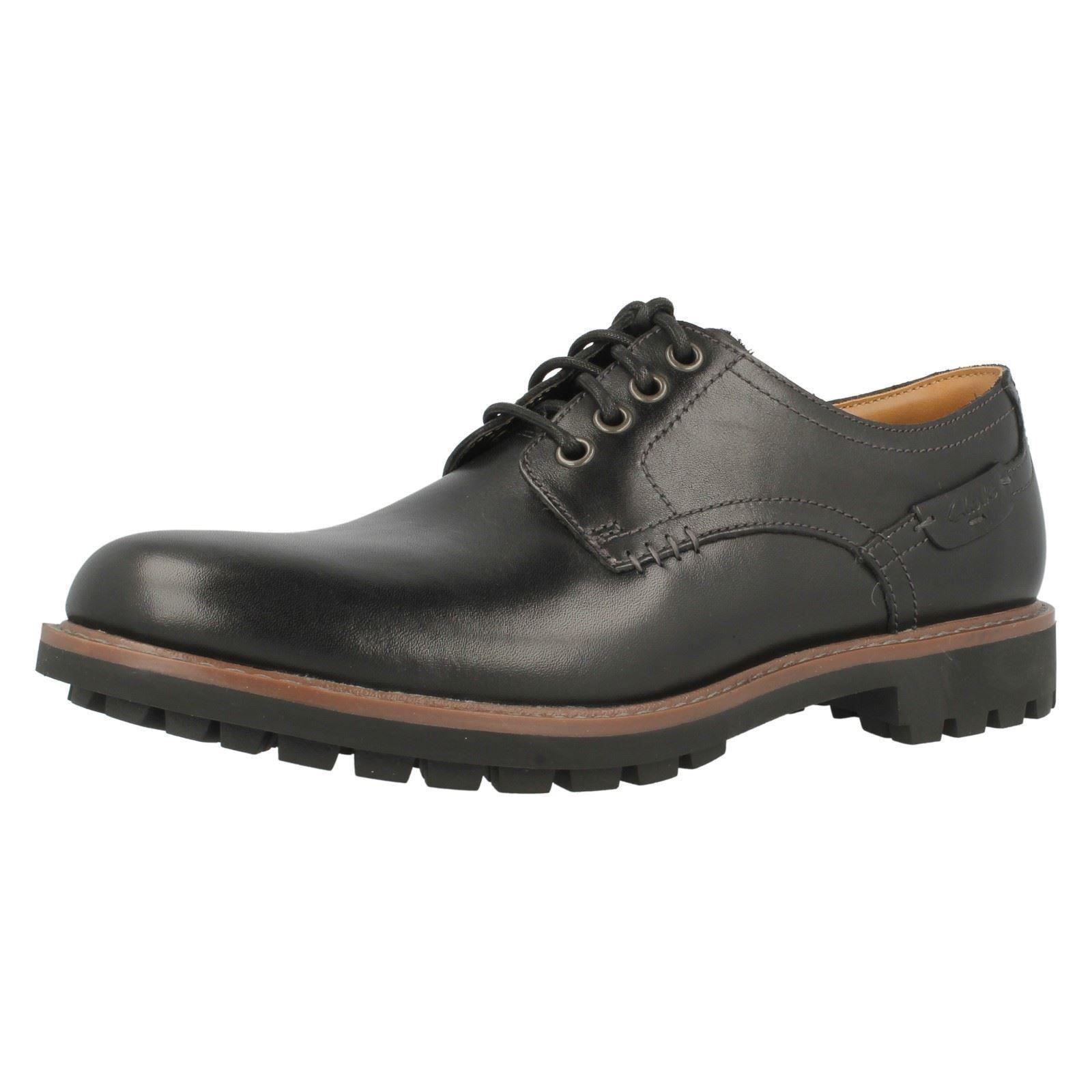 Clarks MONTACUTE HALL En Cuir Noir Lacets Décontractées Chaussures Derby