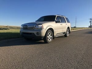 2005 Lincoln Aviator V8 AWD