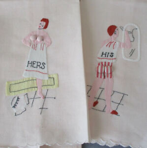 """Pr Vintage RISQUE Towels Hand Embroidered Appliqued """"HIS"""" + """"HERS"""" Padded Assets"""