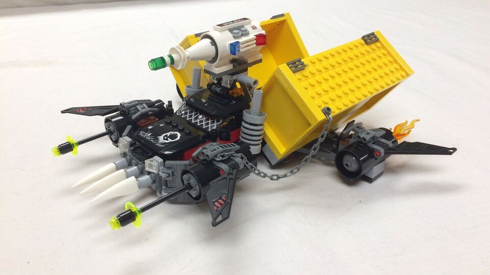 Lego Space Police, Space truck getaway 5972