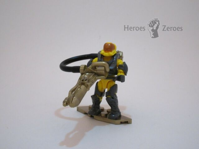 Halo Mega Construx 10th Anniversary Series UNSC Yellow Flame Marine Gold Flamer