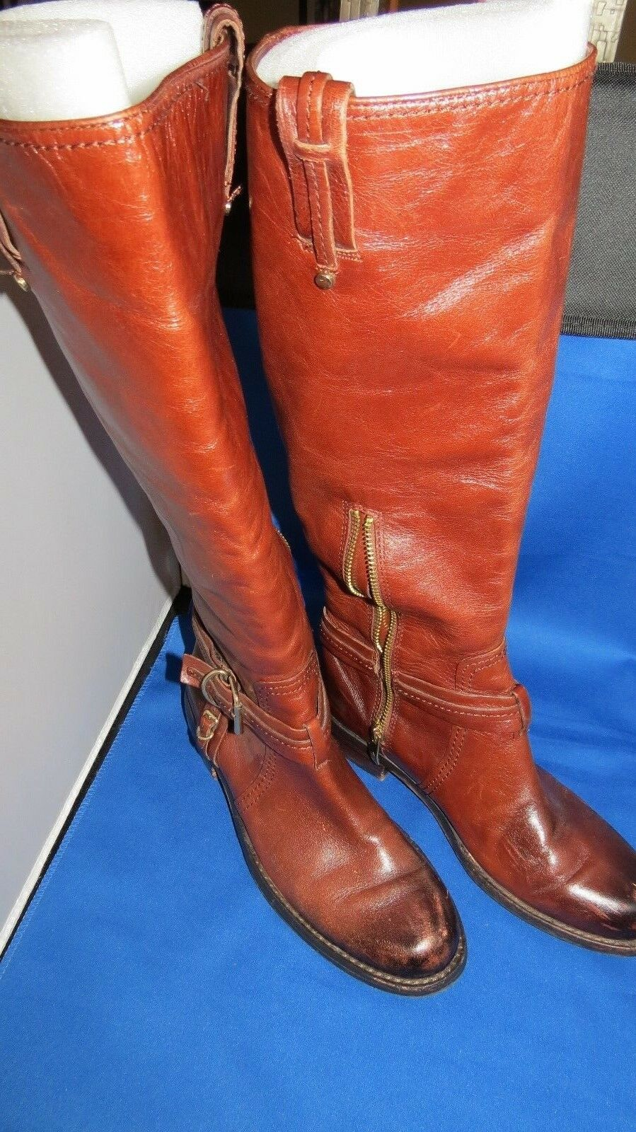 VINCE CAMUTO LEATHER MEDIUM BROWN KNEE HIGH BOOTS HALF ZIPPER US Size  8.5 B