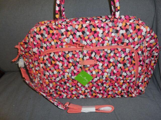Vera Bradley Luggage Womens Weekender Pixie Confetti Duffel Bag for ... 52230966c15ab