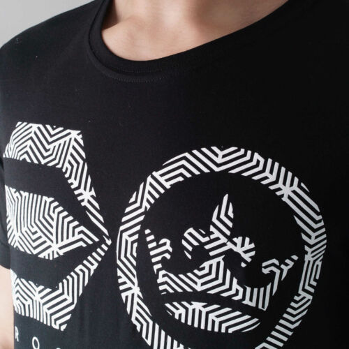 Crosshatch Men/'s Mazeout Ch Raised Ink Symbol Print Short Crew Neck