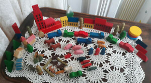 Toy-Set-75-PC-Wood-Wooden-ANIMALS-TREES-Buildings-Cars-Trucks-For-Train-Set