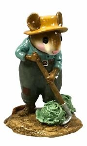 Wee-Forest-Folk-M-238-Joe-Gardening-Green-Shirt-RETIRED-With-Box