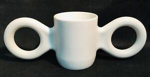 GISPEN-white-design-Dumbo-mug-becher-cup-tasse-by-Richard-HUTTEN