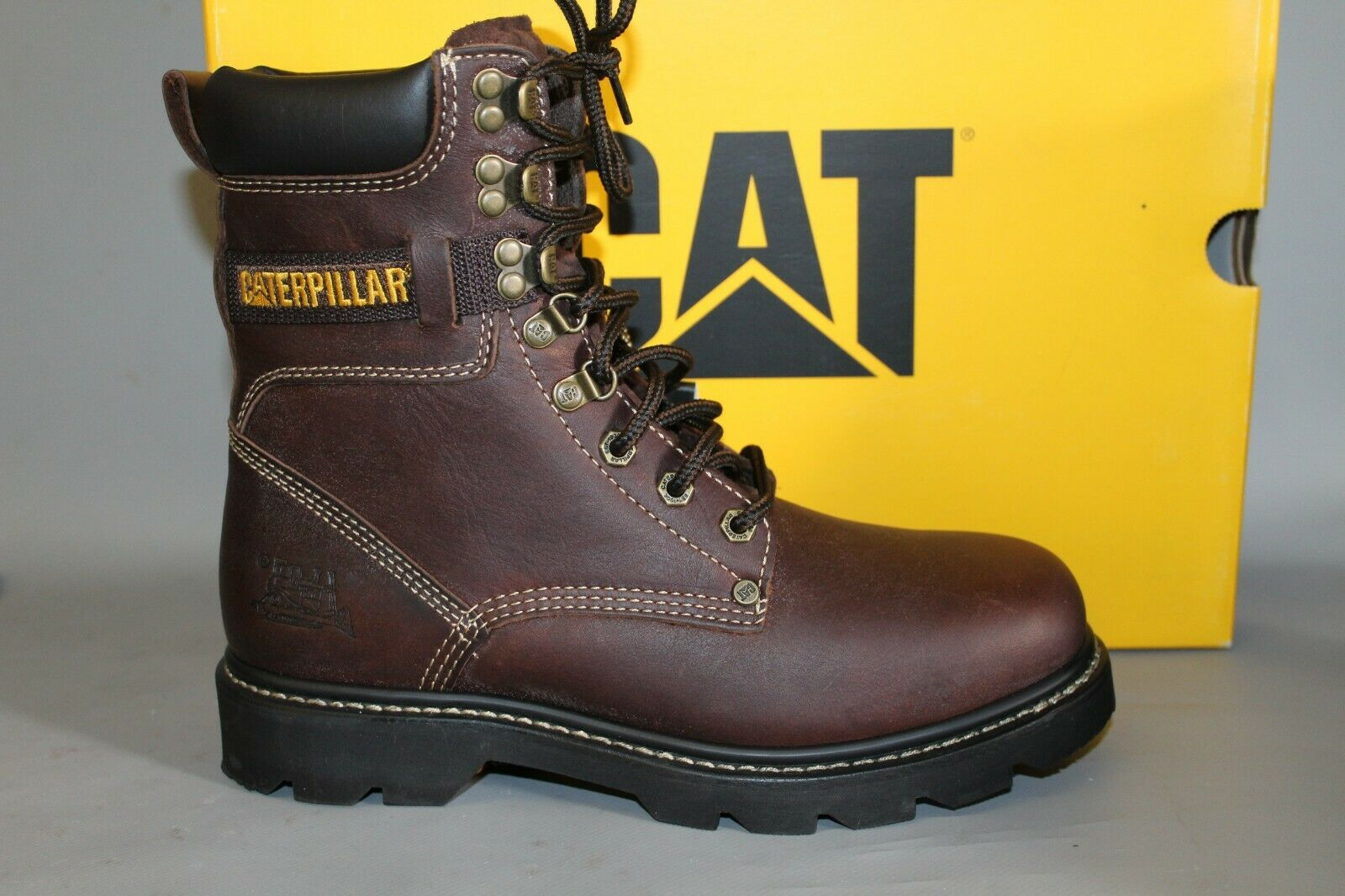 Men's Caterpiller (CAT) 71866 Indiana 8  Soft Toe Brown Leather Work Boot