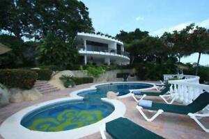 Villa en renta- Fracc Las Brisas- Zona Dorada