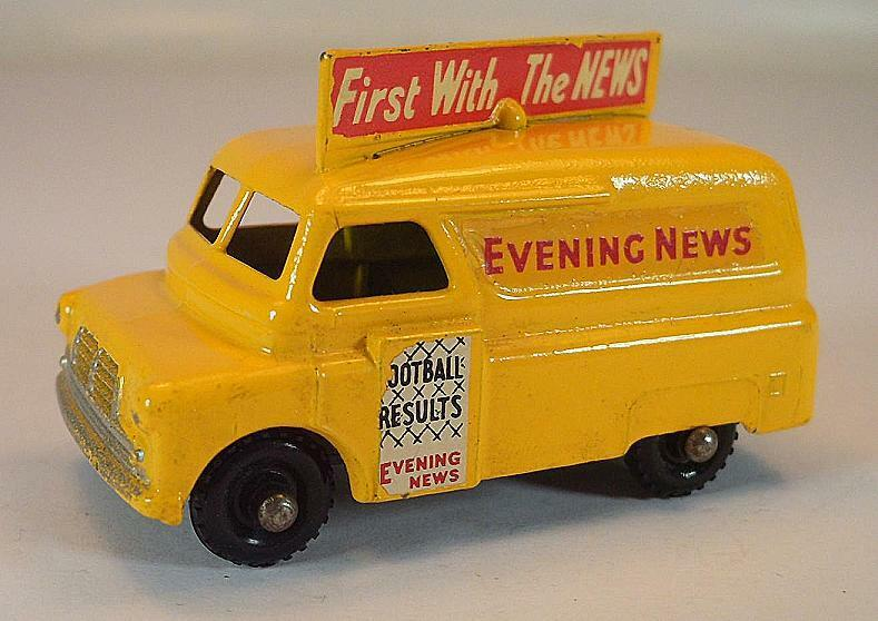 Matchbox Regular Wheels Nr. 42 A Bedford Evening News yellow BPW Lesney 1  393