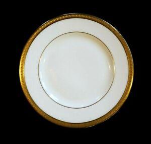 Beautiful-Royal-Doulton-Royal-Gold-Bread-Plate