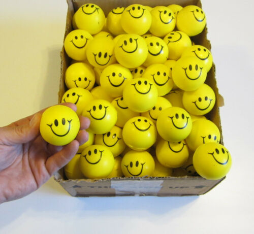 """20 SMILE SMILEY FACE STRESS RELIEF BALLS 2/"""" FOAM HAND THERAPY SQUEEZE TOY BALL"""