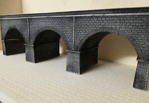 Ponte ferroviario stradale