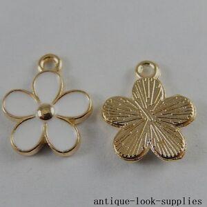 Gold-amp-White-Alloy-Tiny-Flower-Petal-Enamel-Charms-Decor-Pendants-Crafts-20x-50994