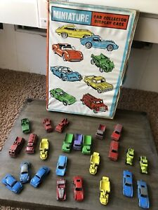 1960-s-Tootsie-Toy-Miniature-Car-Collector-Display-Case-And-Car-Lot-Rare