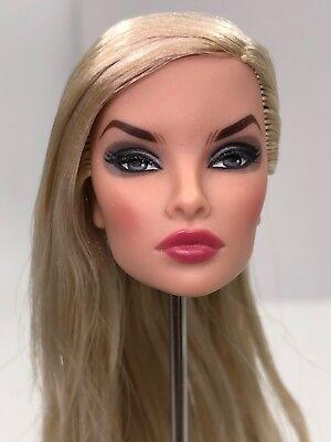 Fashion Royalty Integrity Doll Fairytale Convention Natalia Wicked Behavior Head