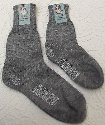 Vintage socks Pre-school UNUSED boy girl 1950s VIYELLA short plain knit GREY