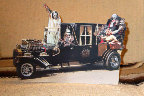 """The Munsters W-Koach TV Show Figure Tabletop Display Standee 10/"""" Long"""