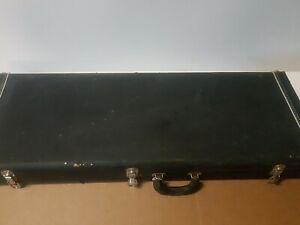 90's États-unis Made Pointy Headstock Guitar Case For Jackson/charvel/ibanez-afficher Le Titre D'origine éLéGant Et Gracieux