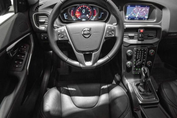 Volvo V40 CC 1,5 T3 152 Momentum aut. - billede 5