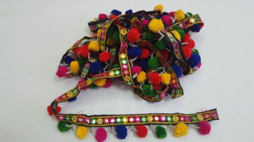 Beautiful Tassel Good size pompom /& embellishment on lace edge In Meters