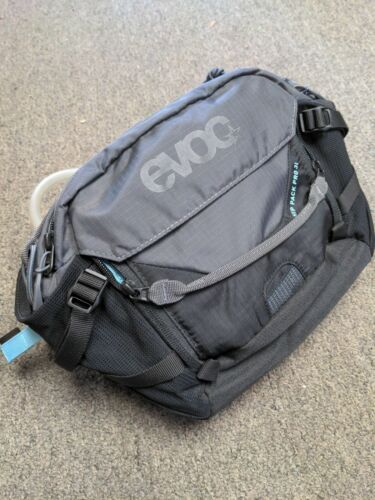 1.5L Bladder Black//Carbon Grey Bag open box no tags Evoc Hip Pack Pro 3L