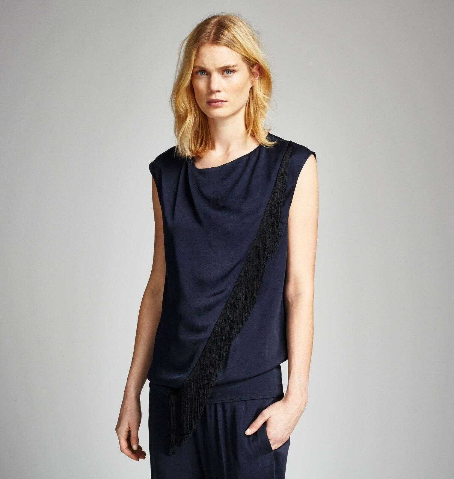 NEW  BELSTAFF 'Lana' Fringe Detail Sleeveless Satin Top Größe 36 IT  4 US