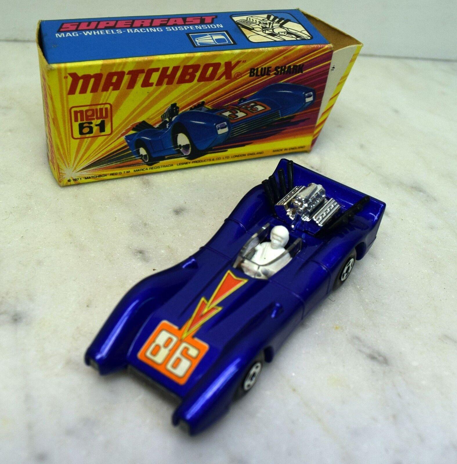 MATCHBOX SUPERFAST  61 bleu Shark, comme neuf