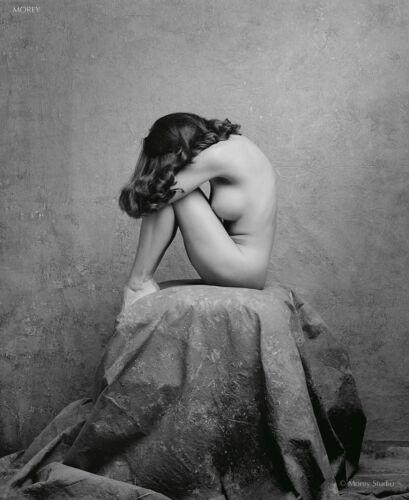 Black /& White Fine Art Nude Ayla 80526.05 signed photo by Craig Morey