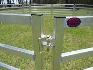 10-Portable-Aluminium-Sheep-Goat-Alpaca-Panels-2-metres-x-1-2-metres-with-gate