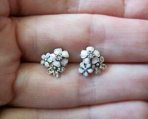 Pandora-Poetic-Blooms-Earrings-Pink-Bloom-Floral-Stud-Sterling-Silver