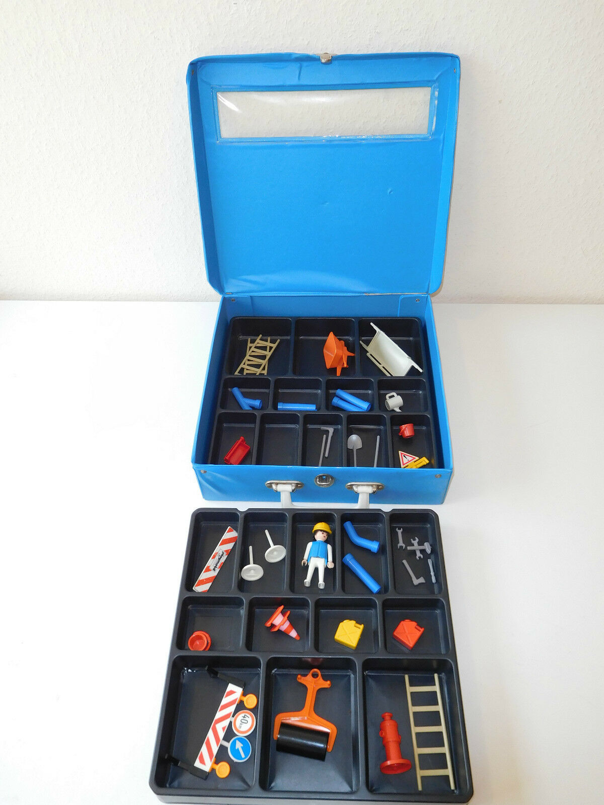 Blau playmobil playmobil playmobil collector case  sammlerkoffer with contents 023be4