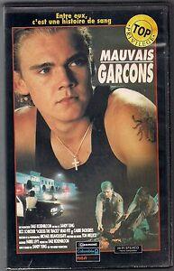 VHS-RARE-MAUVAIS-GARCONS-Rick-Schroder-Brad-Pitt-Sandy-Tung