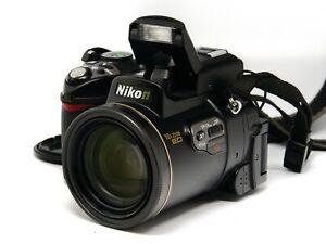 Nikon COOLPIX 8800 8 MP Kompaktkamera - Schwarz