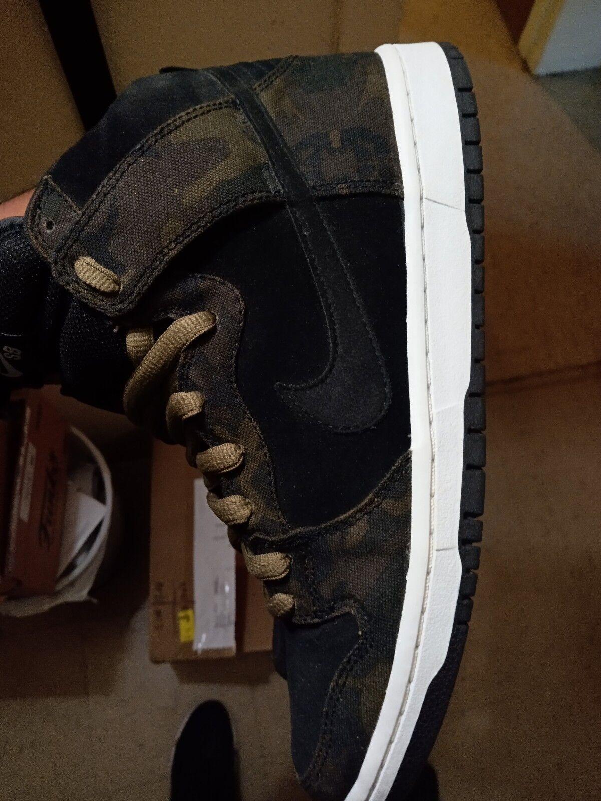 Nike Sb Dunk high iguana Camo vnds sz 10 supreme