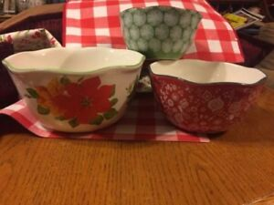image is loading the pioneer woman poinsettia christmas serving dishes bowls