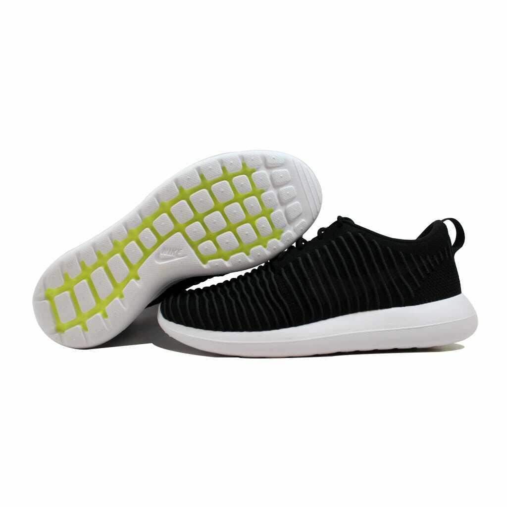 Nike Roshe Two Flyknit Black Dark Grey-White-Volt 844833-001 Men's Size 9