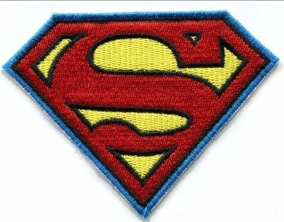 DC Comics Superman Girl 142-G Batgirl Headshot Embroidered Iron On Patch