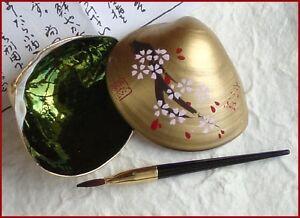 Japanese-039-Beni-iri-Awase-gai-039-Painted-Seashell-Kyobeni-Lipstick-Cherry-Blossom