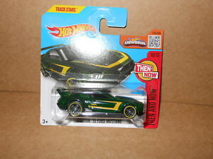 HOT-WHEELS-SHOWDOWN-CUSTOM-039-15-FORD-MUSTANG-THEN-AND-NOW-10-10-MV0