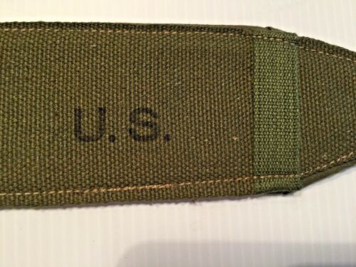 1945 PAIR OFUNISSUED WWII US ARMY REPLACEMENT SHOULDER STRAP PADS
