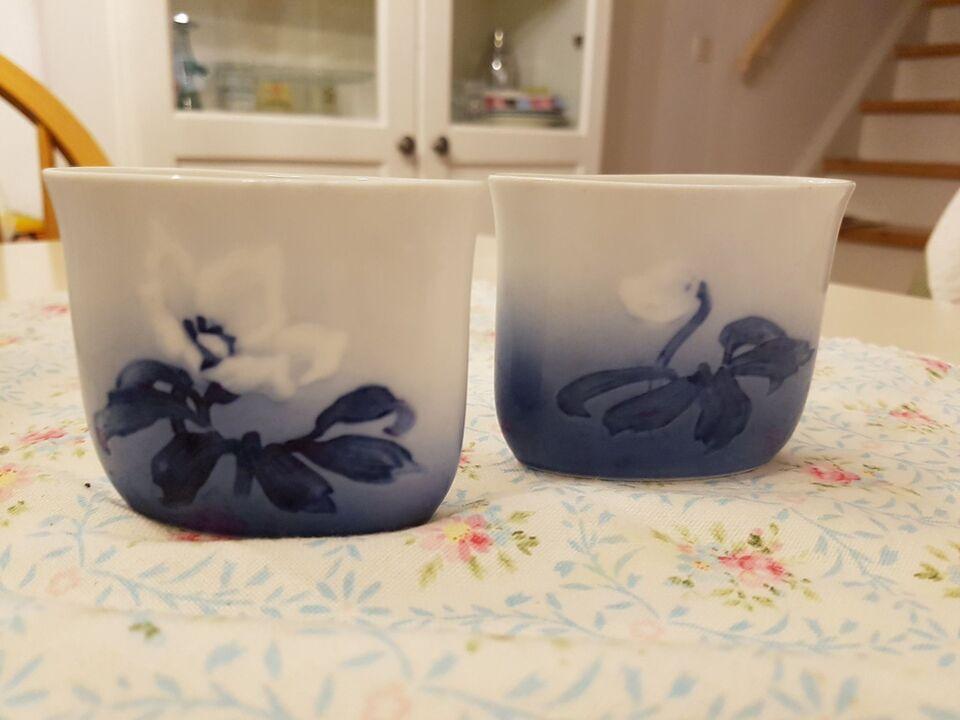 Porcelæn, 2 stk vaser/cigaret holder/ tændstik holder,