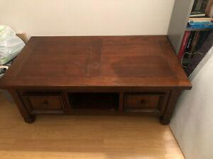 Table basse bois massif vintage