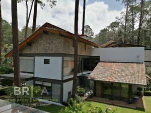 Casa con loft en condominio en  Avándaro