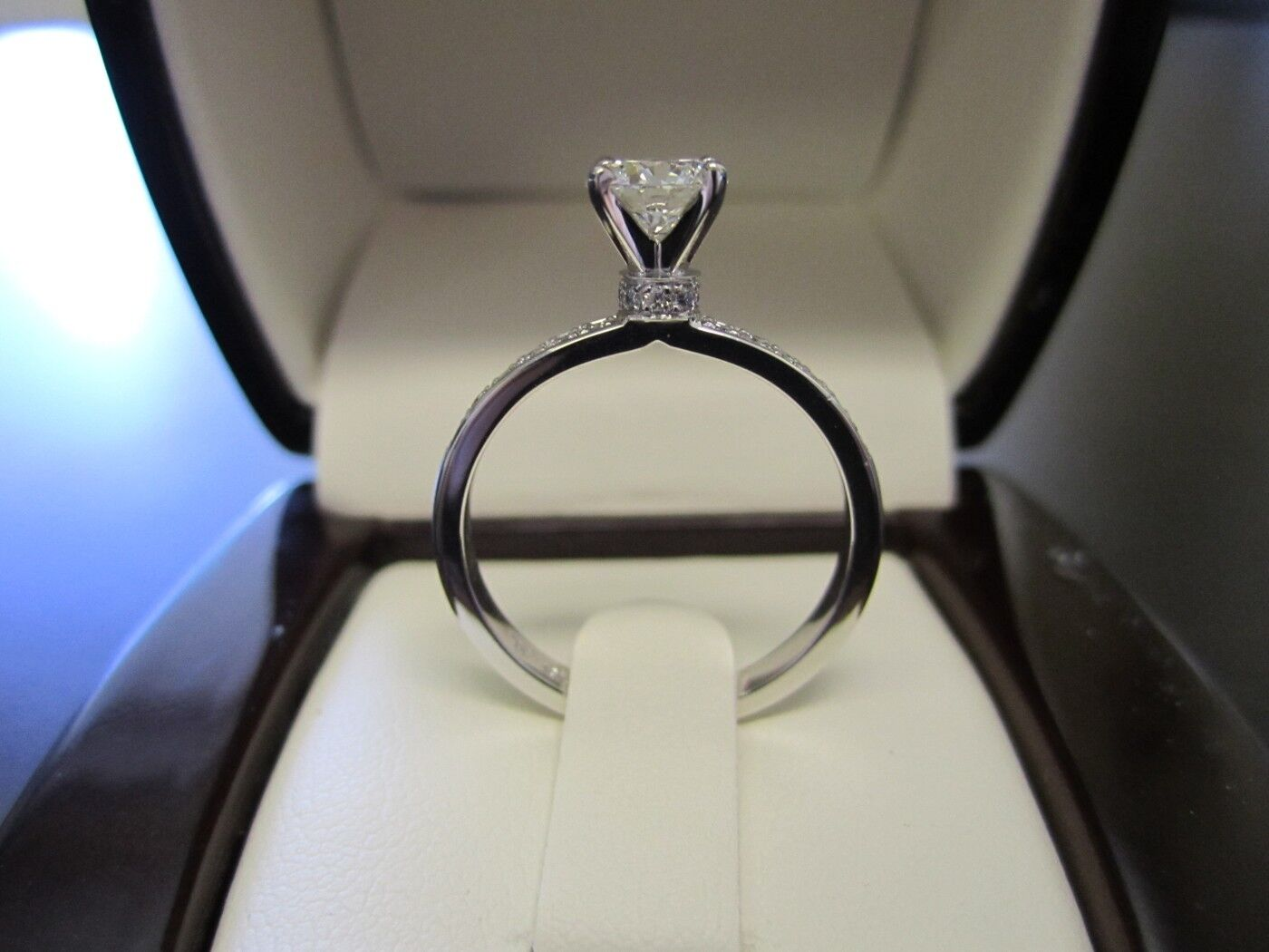 0.7ct Round Cut Diamond Solitaire Choker Engagement Ring 14k White gold Finish