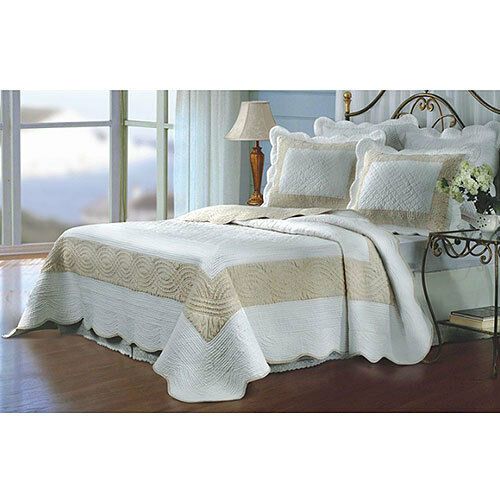 Greenland Home Sahara Tan and Full Queen Quilt Set