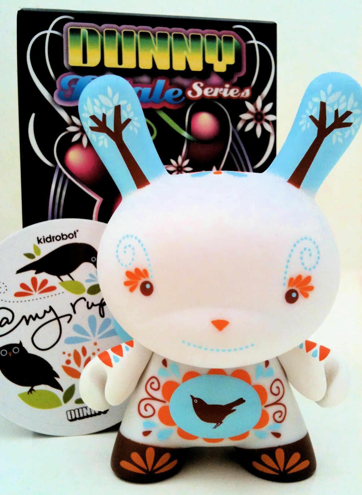 DUNNY 3  FATALE SERIES AMY RUPPEL @MY 1 100 CHASE KIDROBOT 2010 VINYL TOY FIGURE
